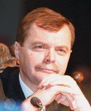 Zbigniew Markowski Ekonomista, specjalista handlu zagranicznego. Studia ukończył na Uniwersytecie Gdańskim, tam też obronił pracę doktorską. - markowski